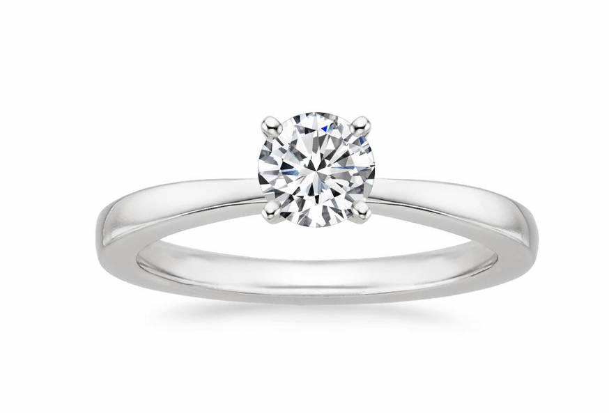 Ring with a diamond 0.23 ct